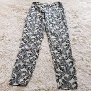 💕3/$20💕 Forever 21 Silky paisley pants